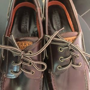 NWOT Sperry Topsider Classic Shoe